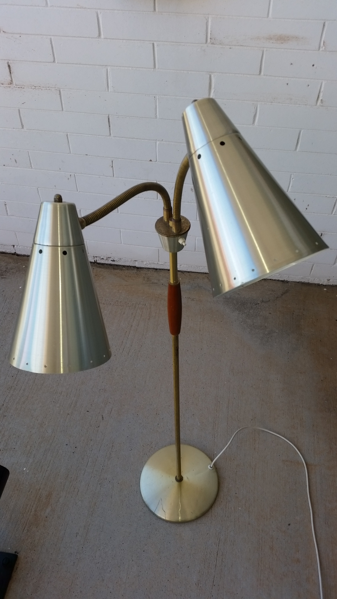 Sold Jet Age : c1960s twin head floor lamp May 2016 from jetage.com.au size 1152 x 2048 jpeg 783kB